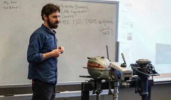 Cruisers College Instructor Matt Mardesich teaches Outboard Motor Repair