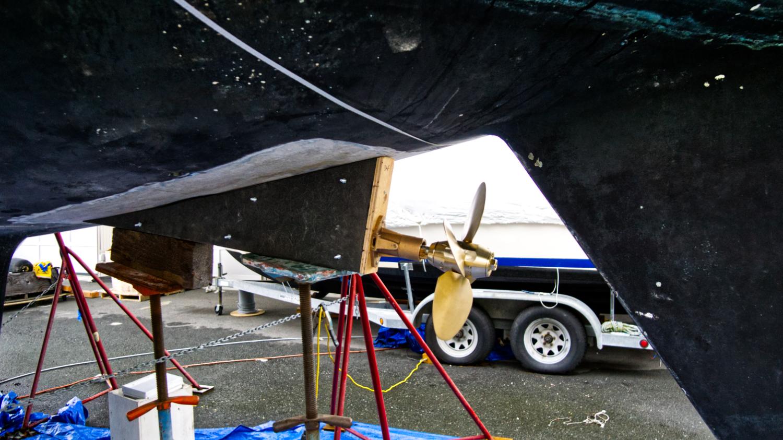 Prop under boat